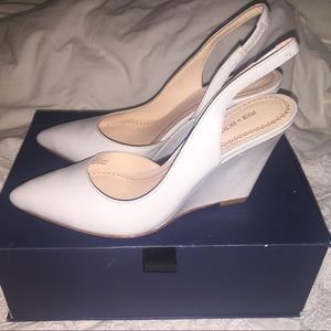 New POUR LA VICTOIRE Maira wedge heels gray 7